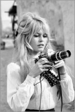 Tableau en aluminium  Brigitte Bardot avec un appareil photo - Celebrity Collection