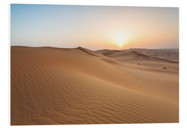 Tableau en PVC  Sunrise over sand dunes, empty quarter desert, Abu Dhabi, Emirates - Matteo Colombo
